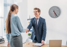 6 Ways to Make a Great Interview First Impression